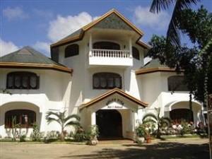 Dolce Vita Hotel Palawan